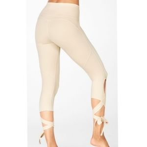 Fabletics High Waisted Purelux Leggings
